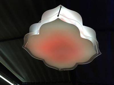 Лампа от неон и плексиглас