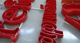 """Метални обемни букви с неон """"Carrefour"""" - Гърция"""