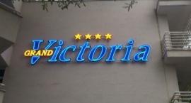 """Обемни букви с неон хотел """"Виктория"""" Слънчев бряг"""